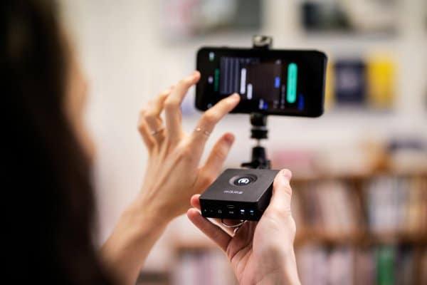 Content Creation mit Mikme: Start-up bringt High-Quality-Sound für unterwegs