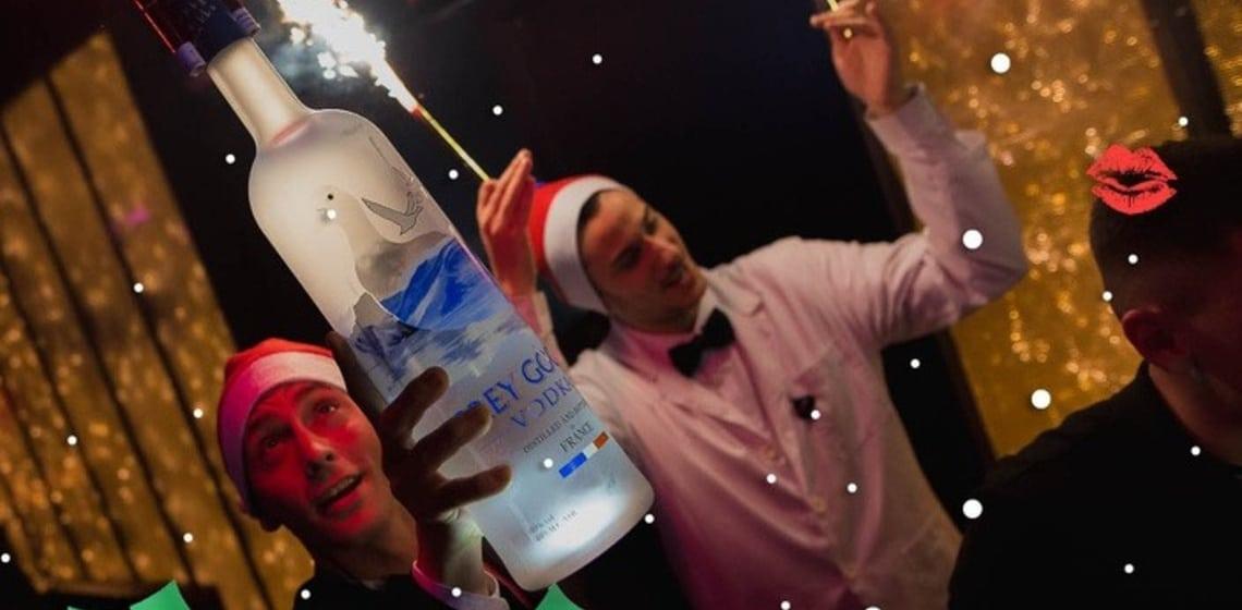Top 10 Trinkspiele, die dich durch die Feiertage bringen