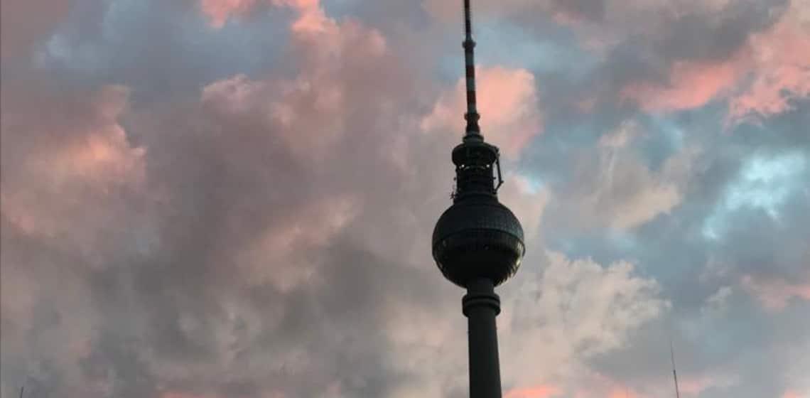 Zwischen Currywurst und Käsekrainer: über Klischees von Berlin bis zum Kulturschock der Wien-Rückkehr