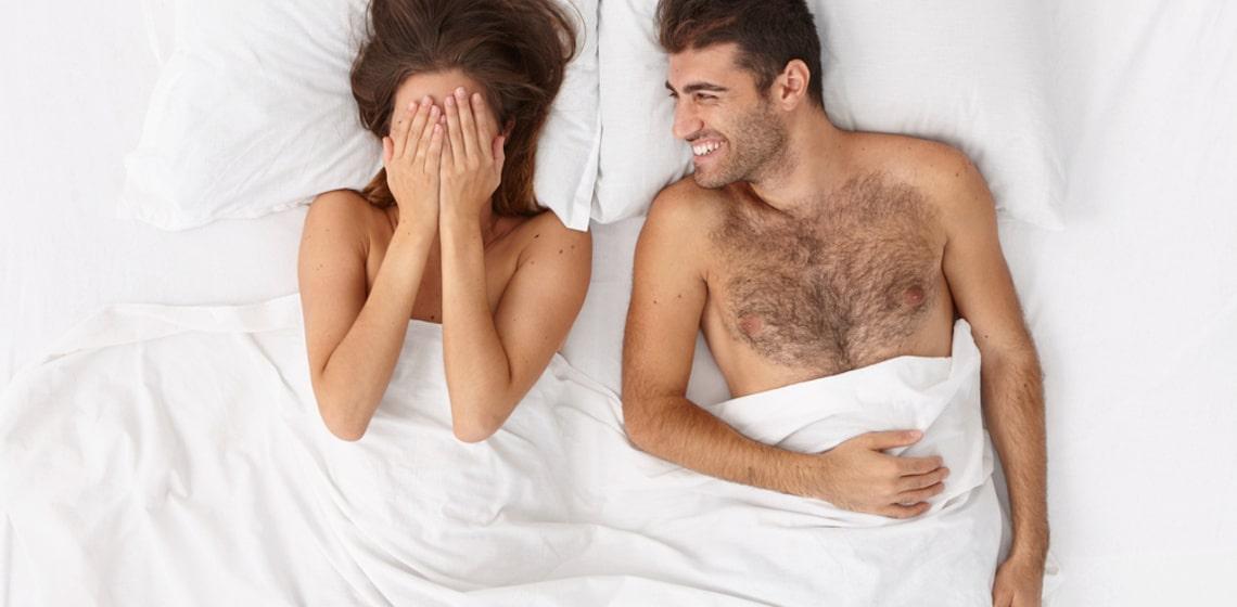 So unterschiedlich reden Frauen und Männer über Sex