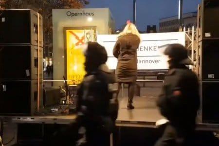 Querdenkerin-Vergleich mit Sophie Scholl - Ordner reagiert: