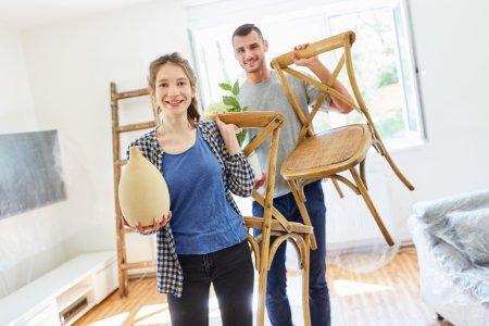 Wohnung günstig einrichten für Studierende: 4 heiße Tipps