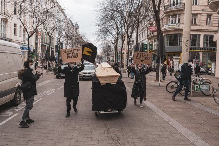 Aktion zum Clubsterben in Wien: Zu Grabe Tragen einer Subkultur