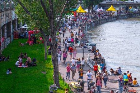 Lockdown bei über 20°C: Darf ich im Freien chillen oder an den Donaukanal?