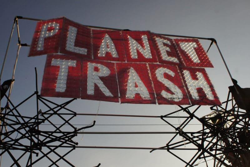 planet trash