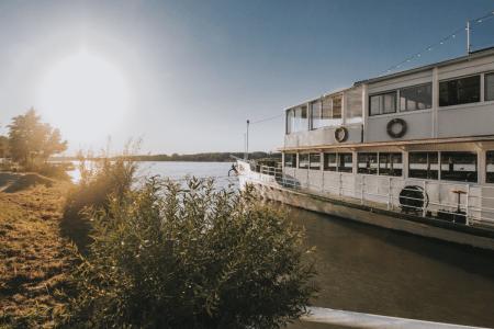 Wien mit neuer Eventlocation: Ein Boot in den perfekten Partysommer