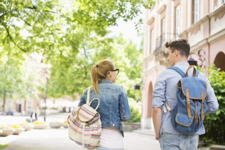 Volljährigkeit: 10 Tipps zum Erwachsenwerden, Studium, Beruf und adult life
